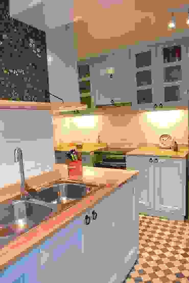 Remodelación Cocina Depto La Macarena de ARCOP Arquitectura & Construcción Colonial