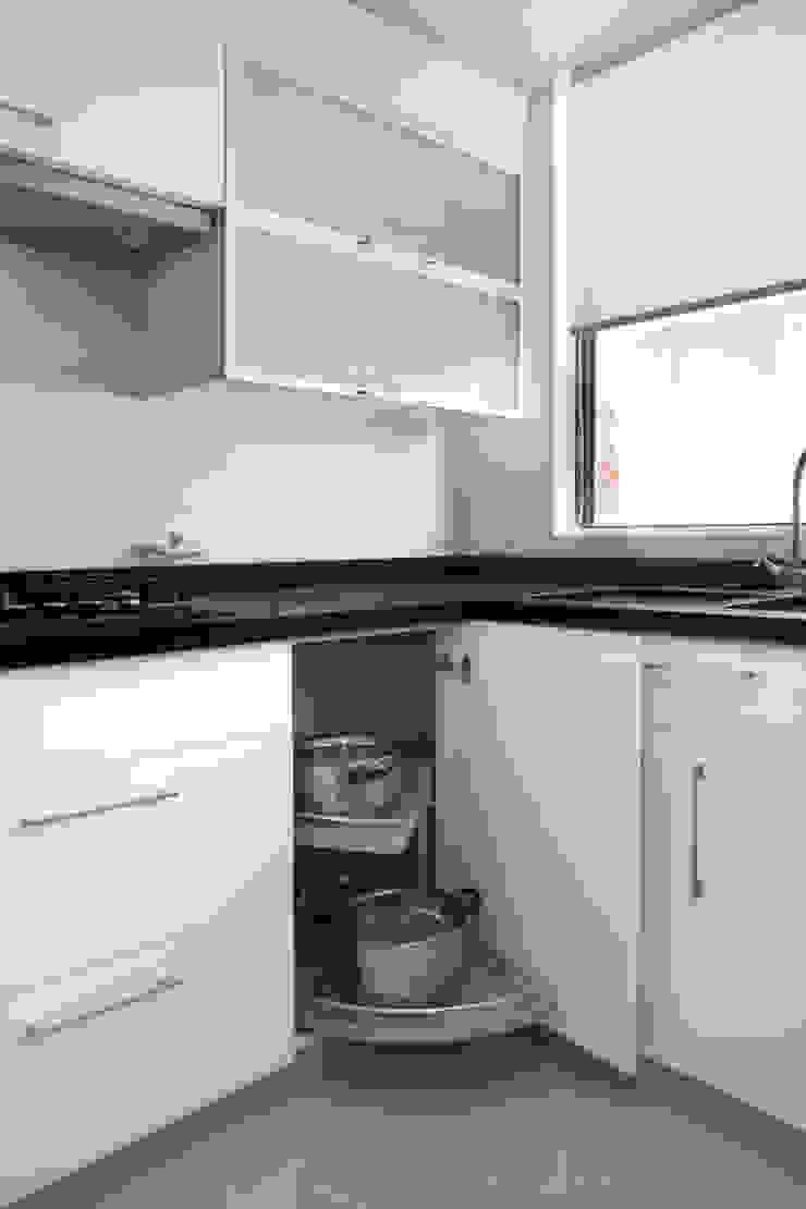 Remodelación Depto Homero Cocinas de estilo moderno de ARCOP Arquitectura & Construcción Moderno