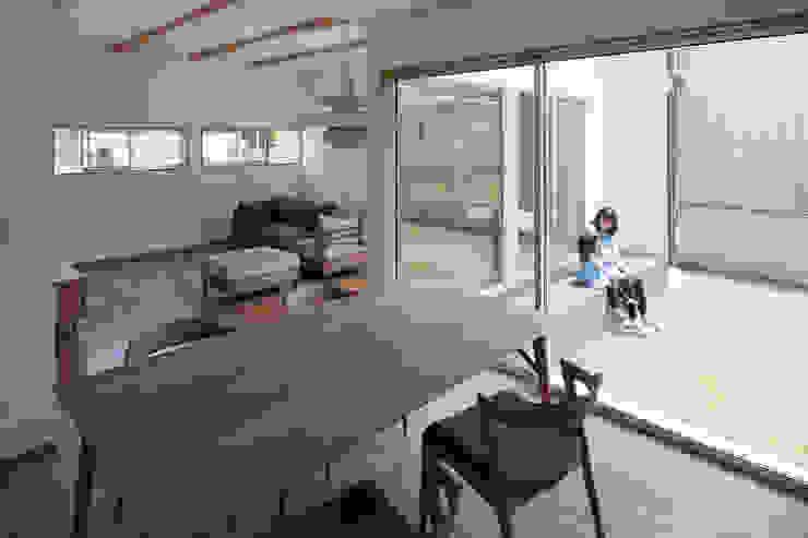 Modern style gardens by 株式会社 井川建築設計事務所 Modern