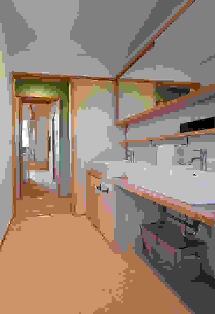 やすらぎの家 株式会社 井川建築設計事務所 モダンスタイルの お風呂