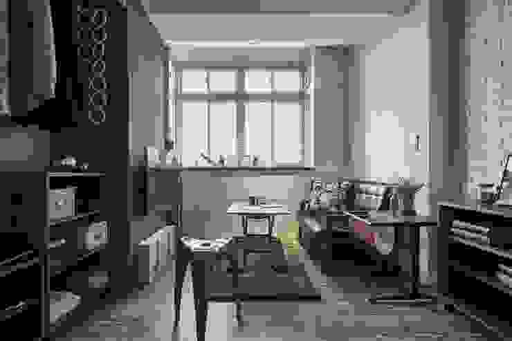 窗台設計 现代客厅設計點子、靈感 & 圖片 根據 第宅空間設計 現代風