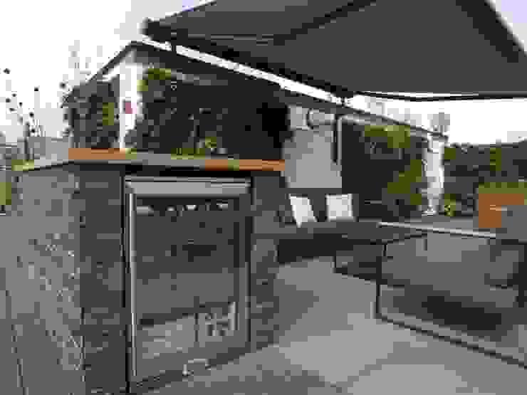 Ganton Street Roof Terrace London by Aralia Modern Glass