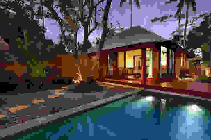 Temuku Ubud WaB - Wimba anenggata architects Bali Hotel Gaya Eklektik Kayu Brown