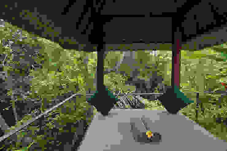 Temuku Ubud Hotel Gaya Eklektik Oleh WaB - Wimba anenggata architects Bali Eklektik Kayu Wood effect