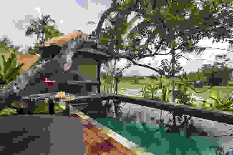 WaB - Wimba anenggata architects Bali Eclectic style hotels Wood Brown