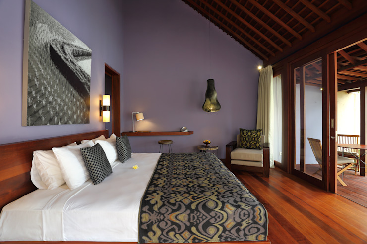 Eclectic style hotels by WaB - Wimba anenggata architects Bali Eclectic Wood Wood effect