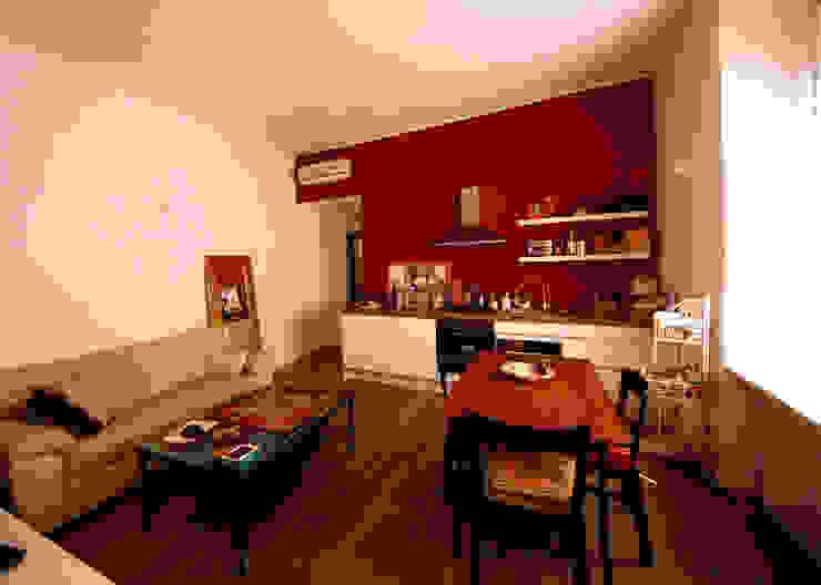 MBquadro Architetti Moderne Wohnzimmer Holz Rot