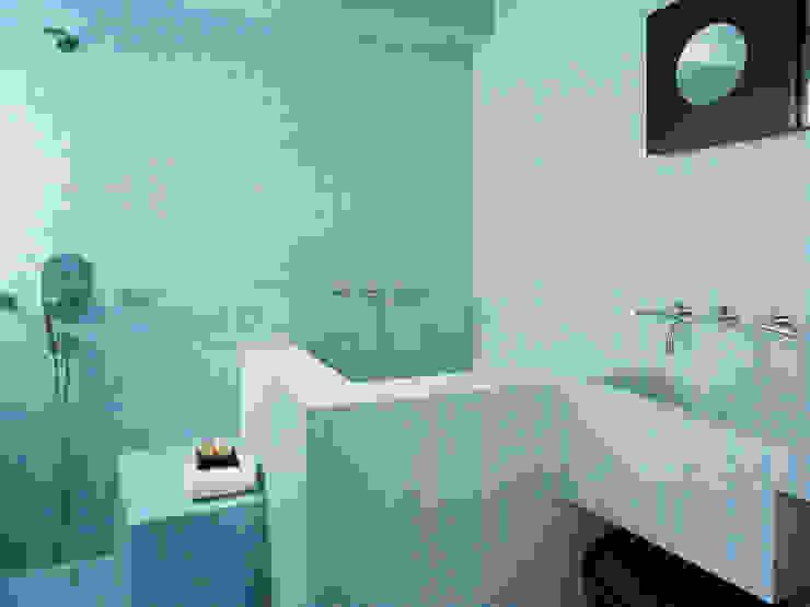 Moderne badkamers van Kimberly Peck Architect Modern Tegels