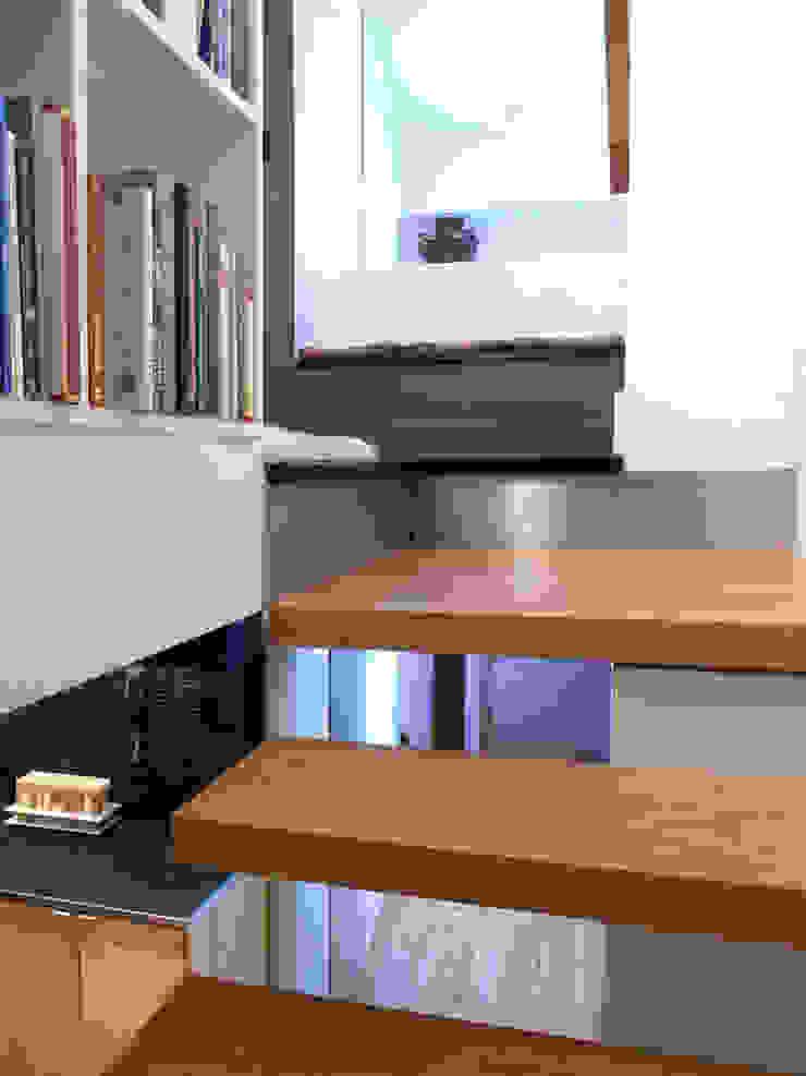 Moderne gangen, hallen & trappenhuizen van Kimberly Peck Architect Modern