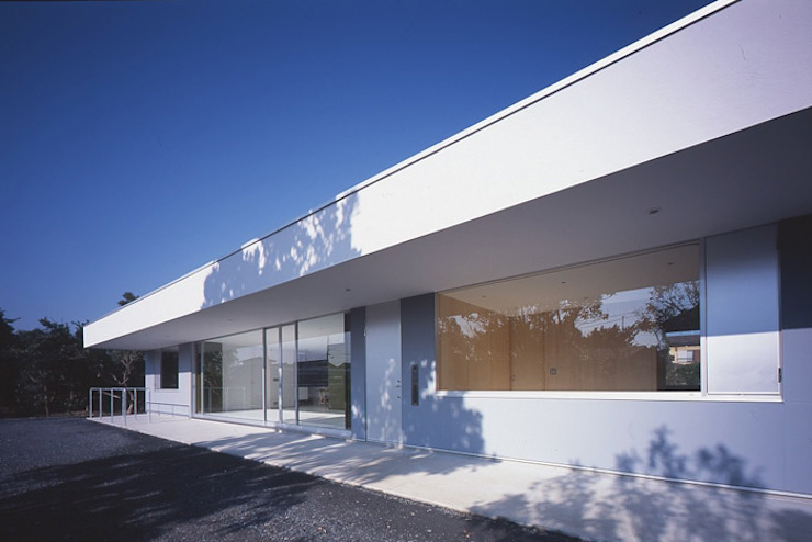 コンセント 外観: Smart Running一級建築士事務所が手掛けた家です。
