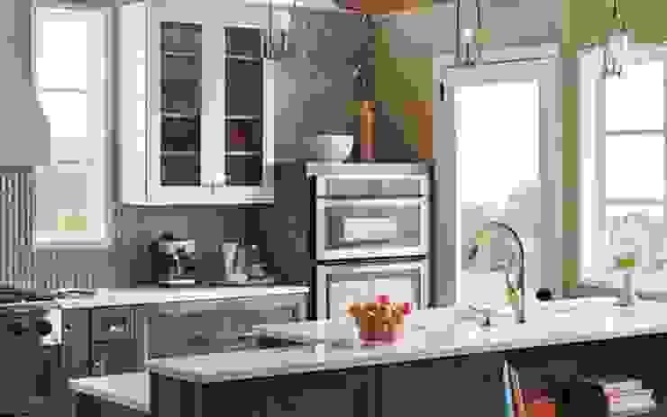 Residential Interior Classic style kitchen by Manoj Interior Decorator Classic