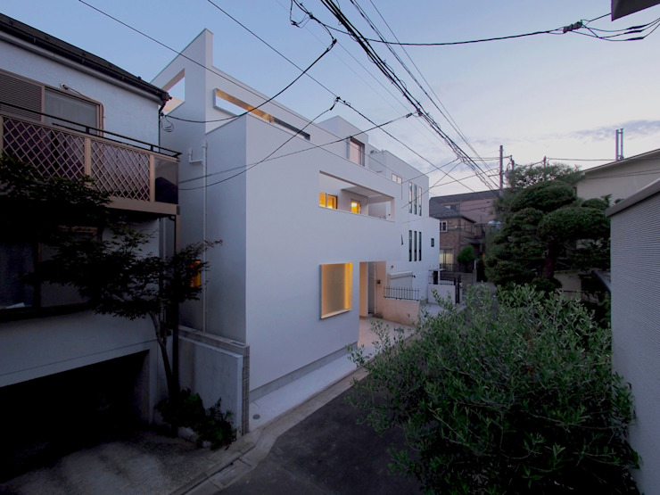 アトリエ スピノザ Modern houses