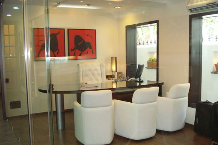 Commercial Office Modern office buildings by Sumer Interiors Modern