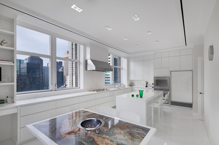 Park Avenue Duplex Modern kitchen by andretchelistcheffarchitects Modern