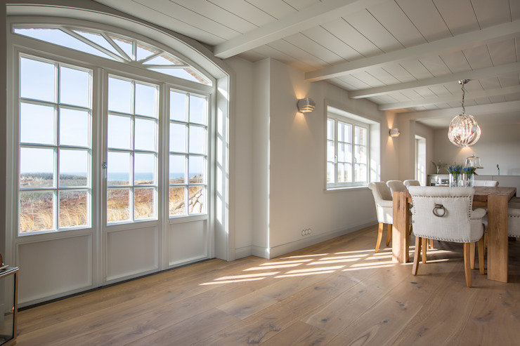 Country style dining room by Home Staging Sylt GmbH Country