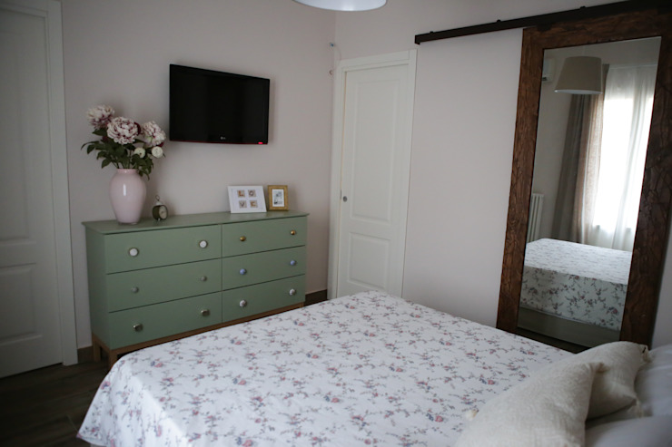 T_C_Interior_Design___ Classic style bedroom