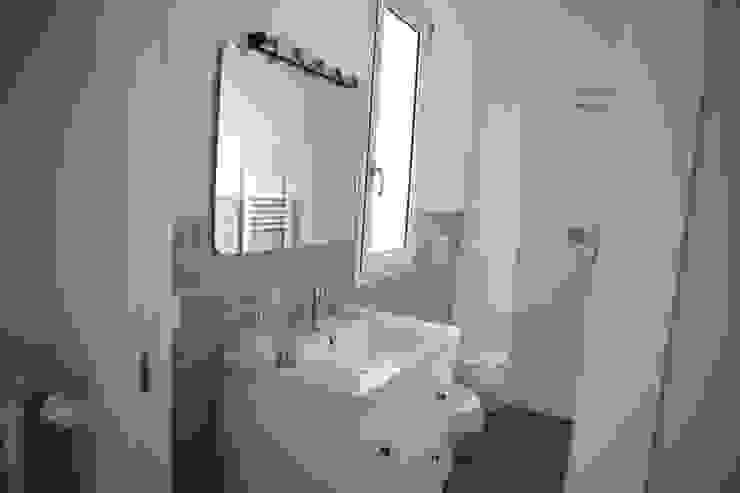 T_C_Interior_Design___ Classic style bathroom