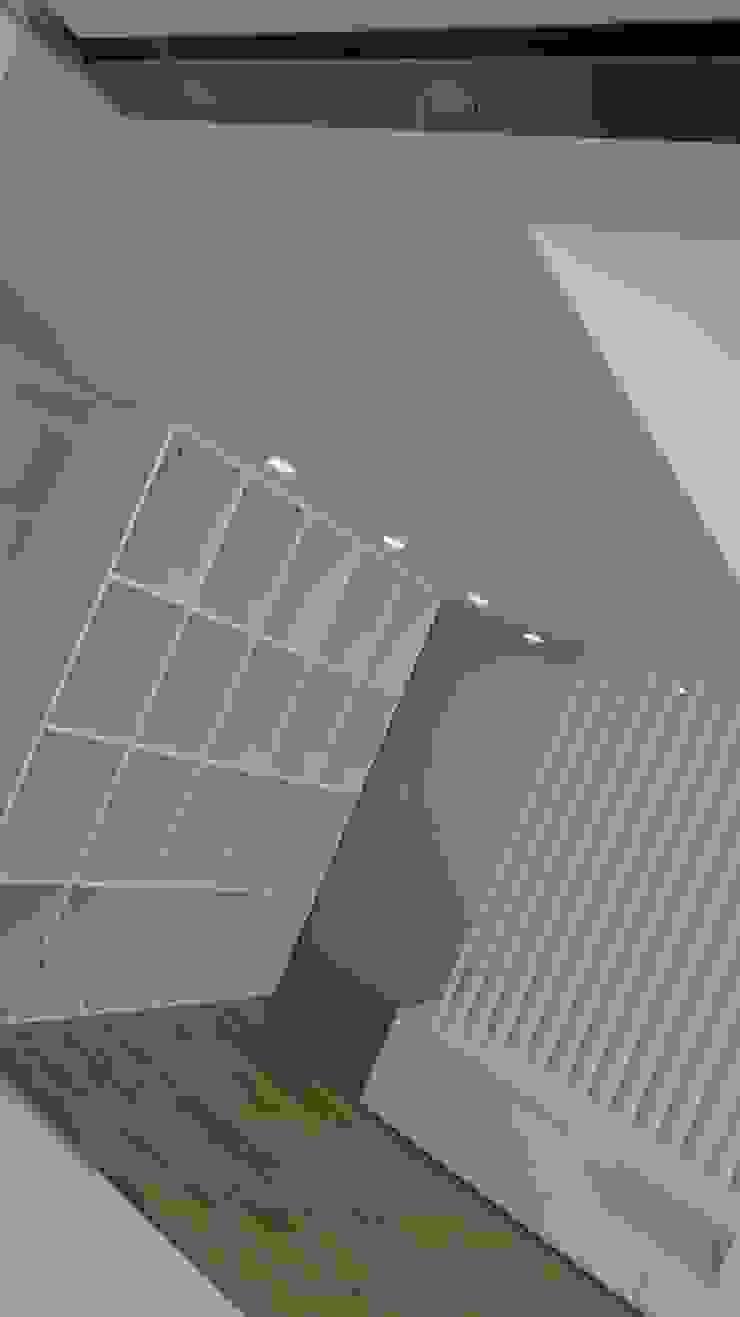 Davide Domingues Arquitecto Soggiorno minimalista MDF Bianco
