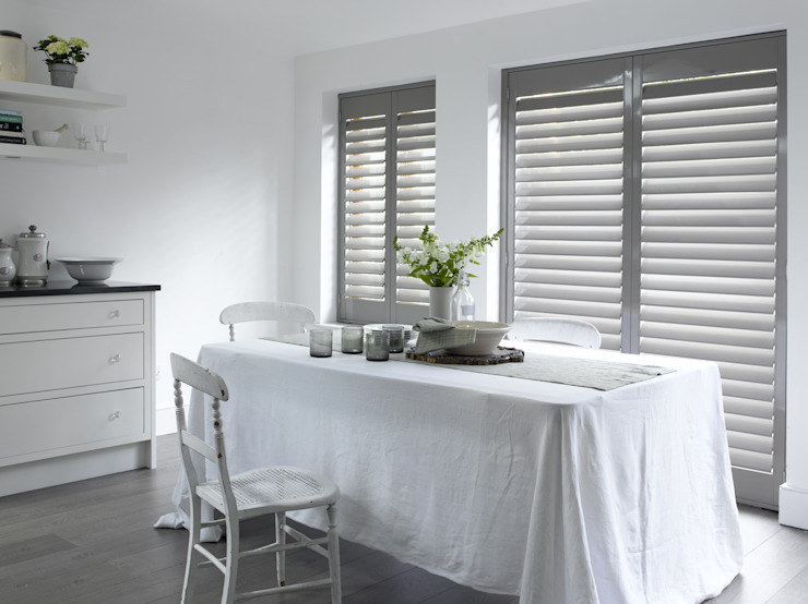 Plantation Shutters - Dining Rooms Minimalist dining room by TWO Australia Minimalist