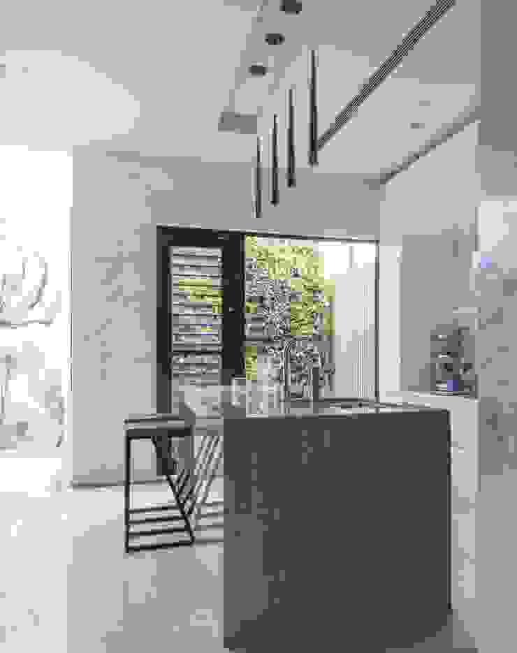 中區 複層住宅 根據 馬汀空間設計 現代風
