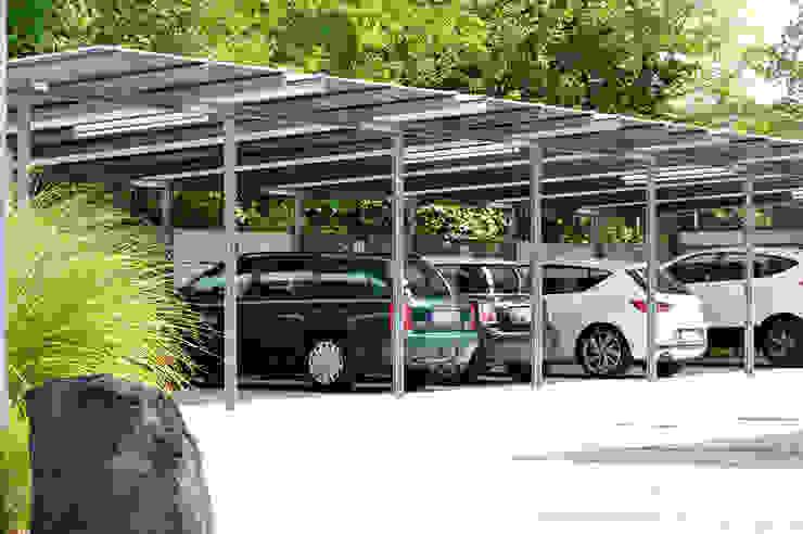 Carport von Clemens Fauth Landschaftsarchitekten Modern