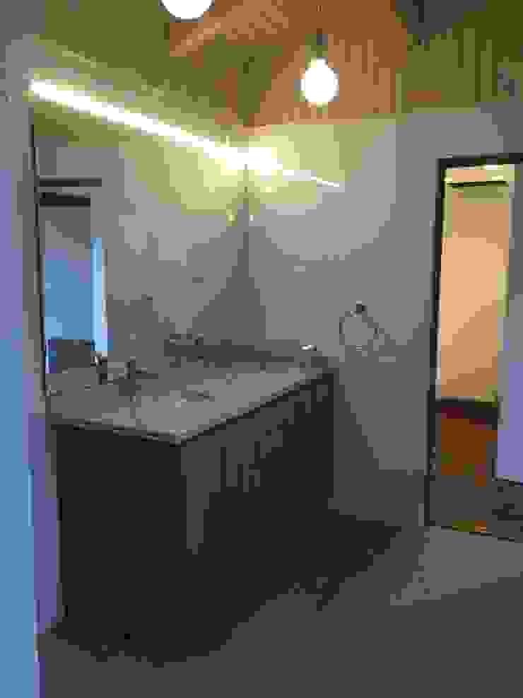 Remodelación Casa Mallarauco ARCOP Arquitectura & Construcción Baños de estilo moderno