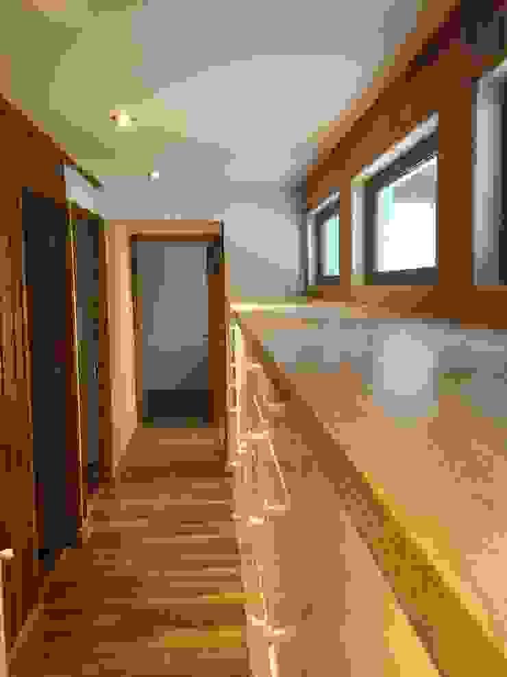 Remodelación Casa Mallarauco ARCOP Arquitectura & Construcción Vestidores y placares de estilo moderno