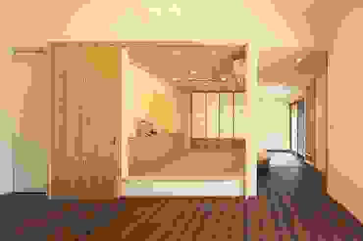 杜の癒しの家 モダンデザインの 多目的室 の ing-環境設計室 モダン
