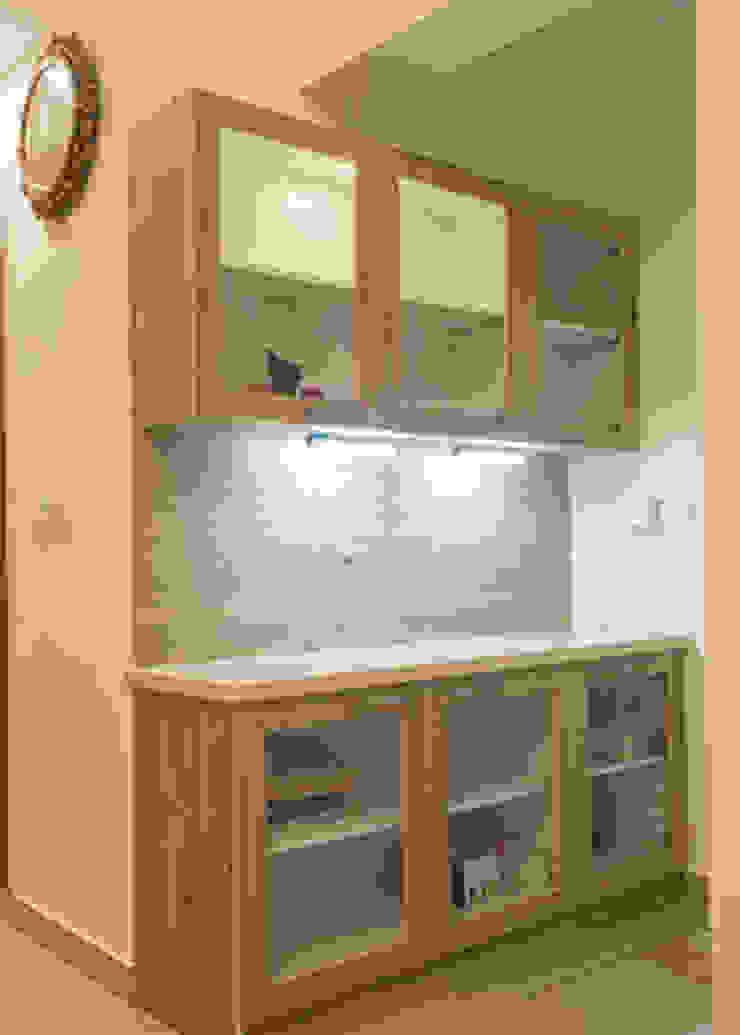 Modular kitchen interior designers in Bangalore: modern  by Urban Living Designs,Modern