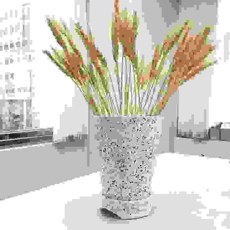 orchid pot: 極簡主義  by Chinpu technology Inc., 簡約風