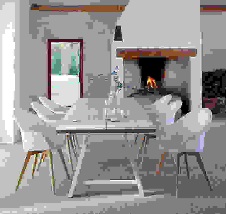 Blue Wall New Loom. Lloyd-Avril: modern  von Blue Wall Design GmbH,Modern