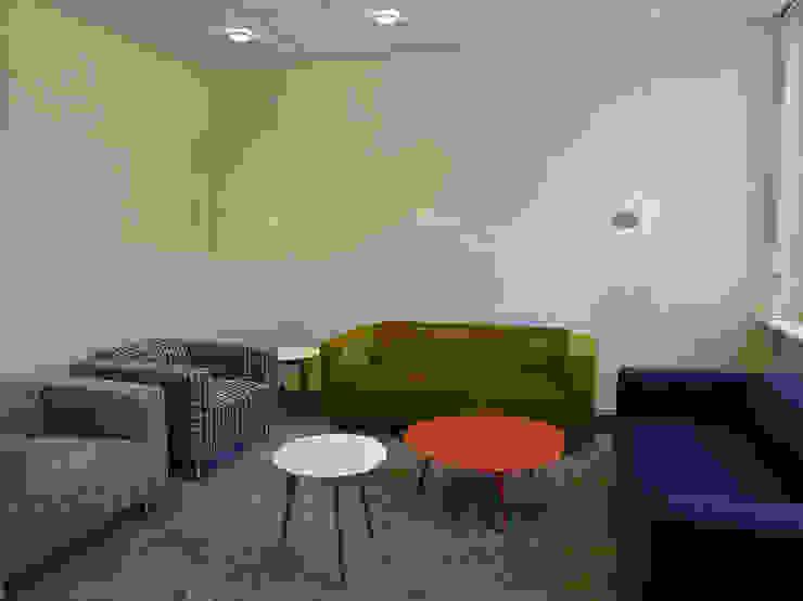 Interieur kantoor Idealis: modern  door Jan Detz Interieurarchitect, Modern