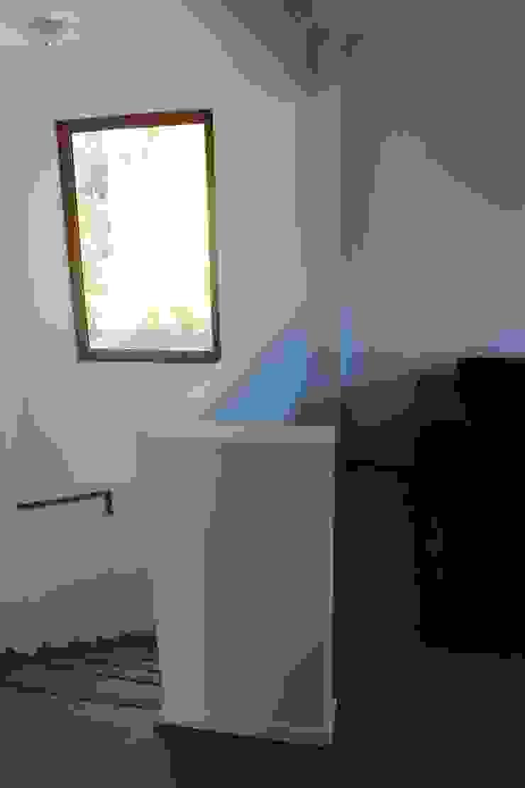 Remodelación Casa Lazo Pasillos, vestíbulos y escaleras clásicas de ARCOP Arquitectura & Construcción Clásico