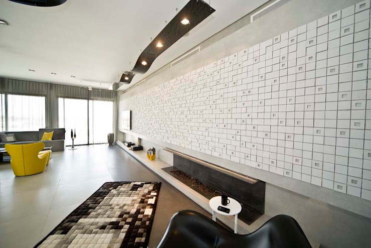 Private Roof Modern Living Room by Nisreen Atari, Architects.Consultants Modern Tiles