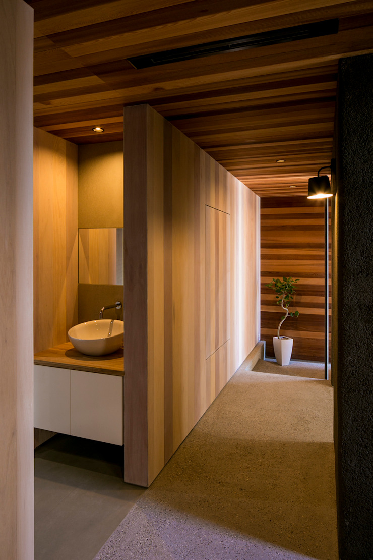 group-scoop Eclectic style corridor, hallway & stairs Solid Wood Wood effect