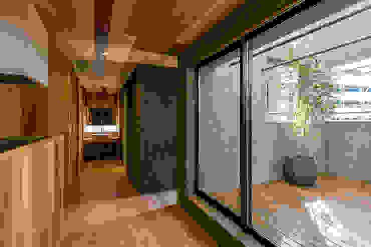 group-scoop Patios & Decks Solid Wood Grey