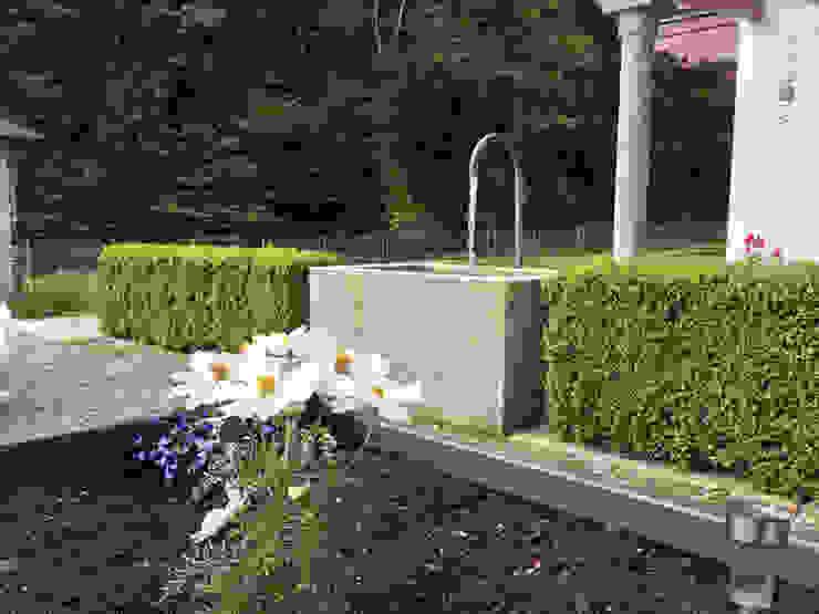 Moderner Steinbrunnen Steiner Naturstein Moderner Garten