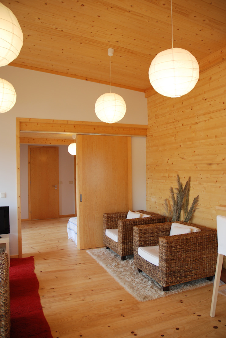 Ruang Keluarga Gaya Rustic Oleh Rusticasa Rustic Kayu Wood effect