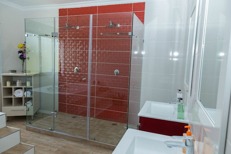 Bathroom by Indoni Interiors ,