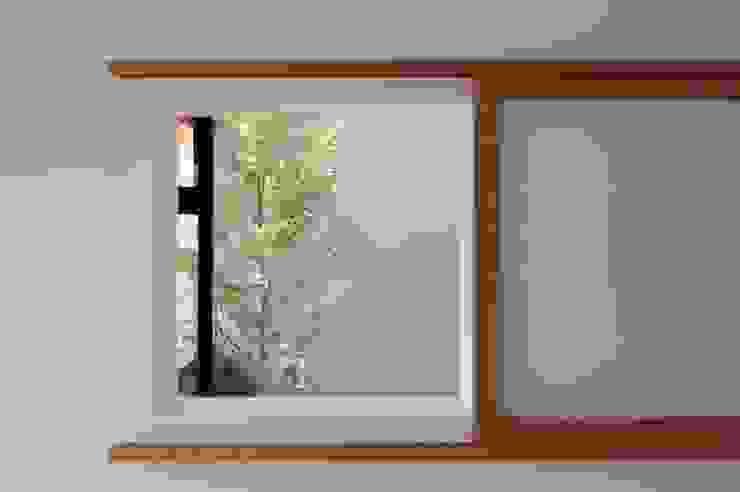 bởi TEKTON | テクトン建築設計事務所 Chiết trung Gỗ Wood effect