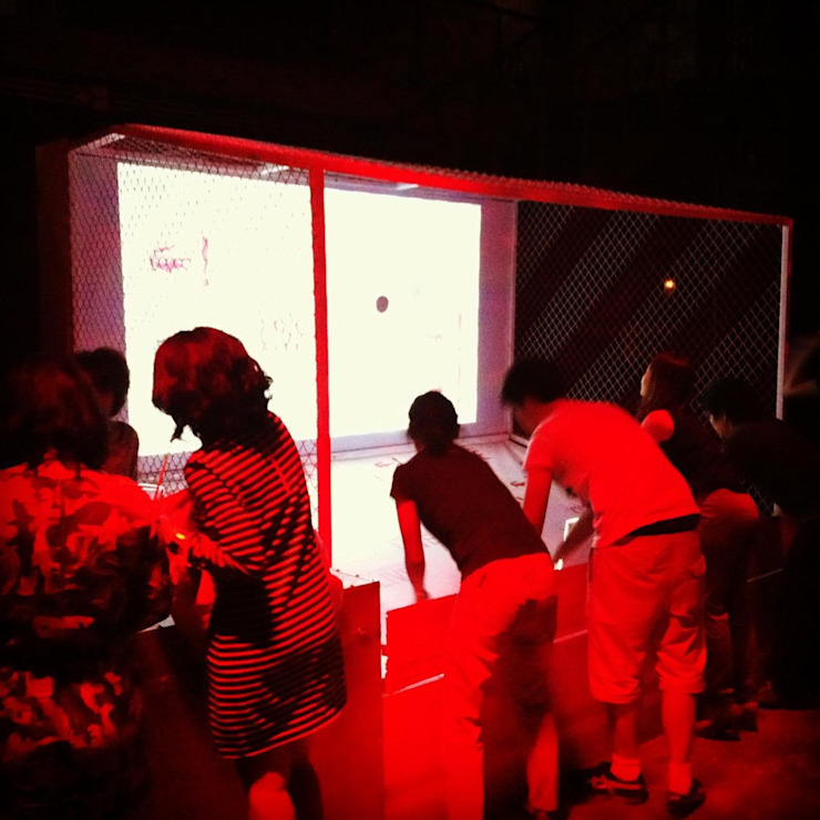 LACOSTE LIVE Booth design & construction โดย farseen studio limited