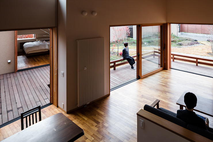 リビング 藤松建築設計室 モダンデザインの リビング