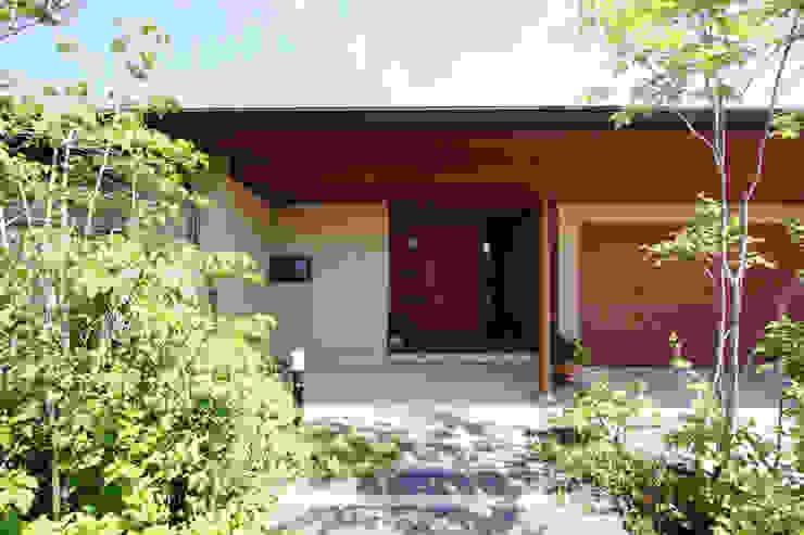 Casas estilo moderno: ideas, arquitectura e imágenes de 藤松建築設計室 Moderno
