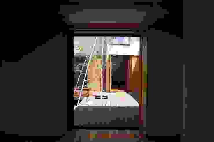 主寝室 藤松建築設計室 モダンスタイルの寝室