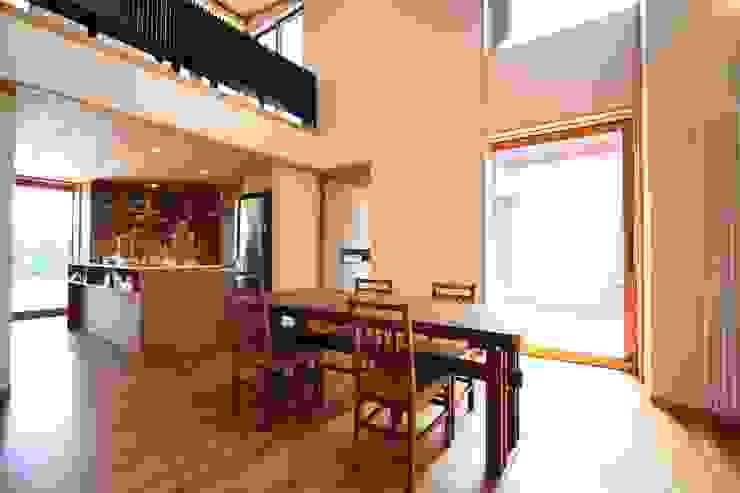 ダイニング 藤松建築設計室 モダンデザインの ダイニング
