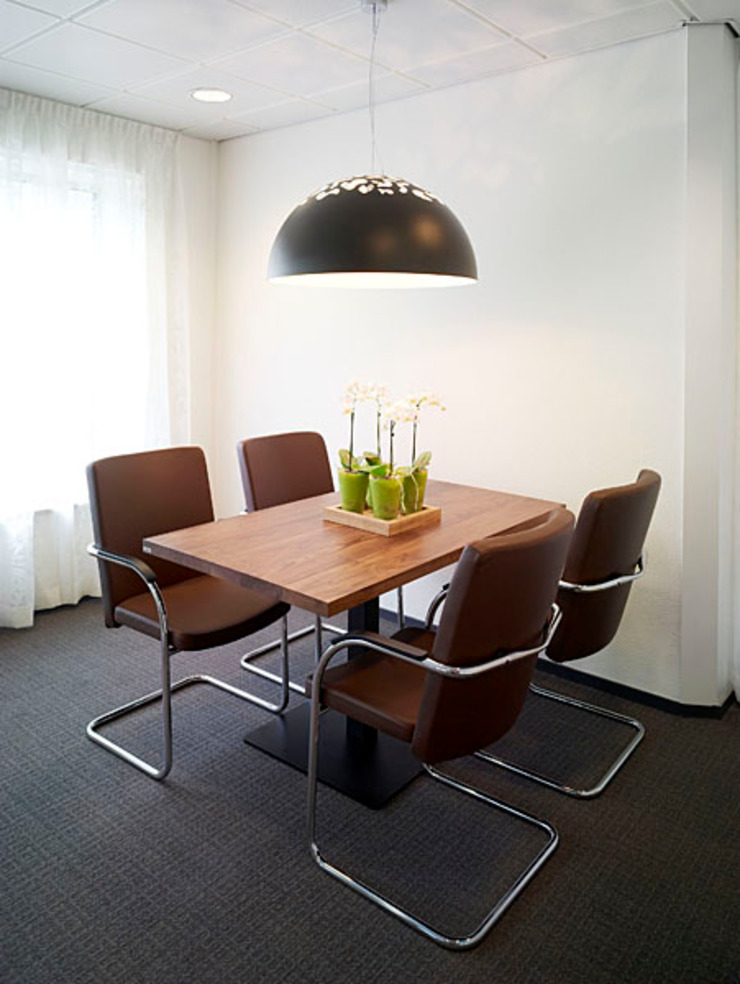 Overlegruimte Moderne kantoorgebouwen van Jan Detz Interieurarchitect Modern