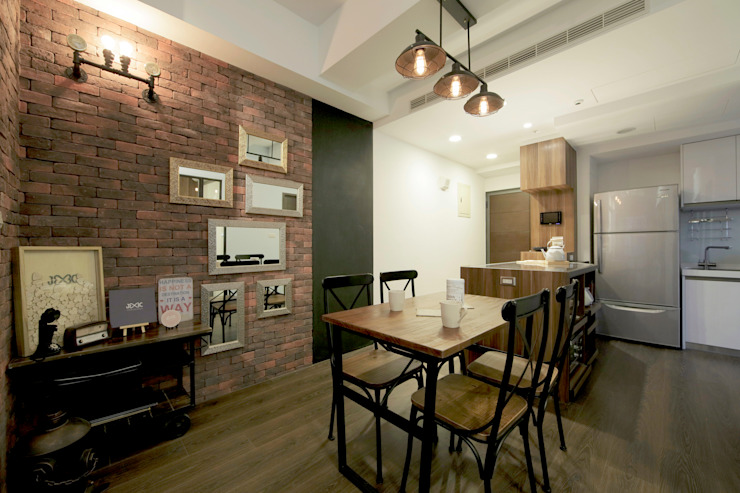 Industrial style dining room by DIANTHUS 康乃馨室內設計 Industrial