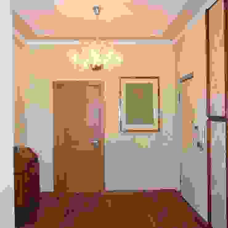 Casa Flower ArchitetturaTerapia® Ingresso, Corridoio & Scale in stile moderno