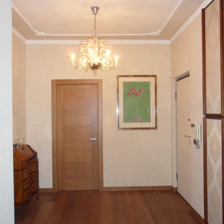Modern corridor, hallway & stairs by ArchitetturaTerapia® Modern
