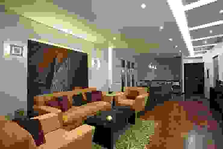 Moderne Wohnzimmer von Hazem Hassan Designs Modern
